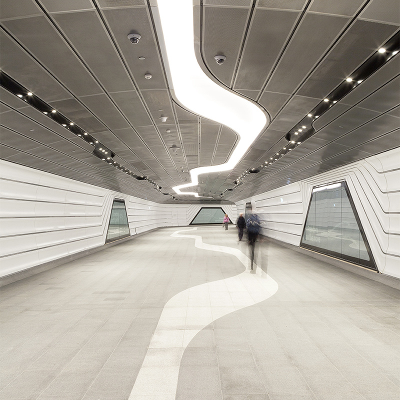 Photo or image of pedestrian crossing tunnel from wynyard station to Barangaroo